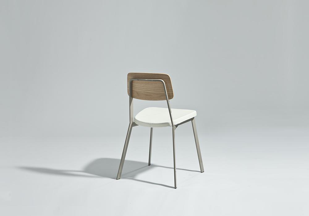 Sprint chair Sean Dix furniture design