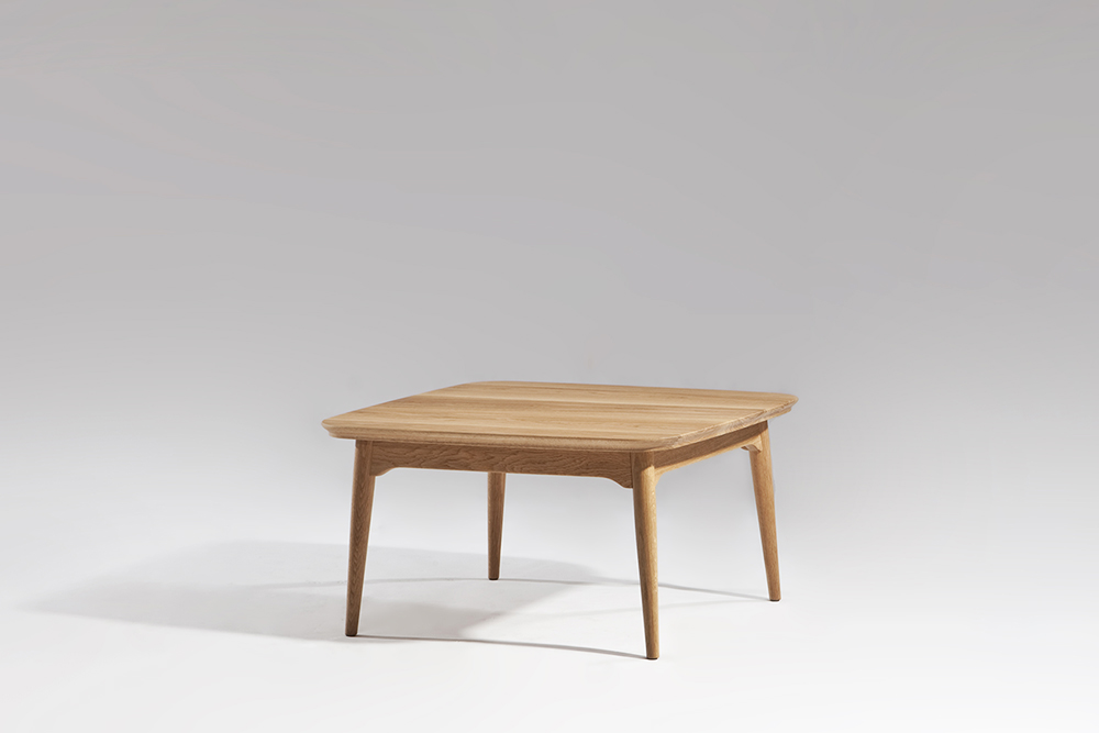 Dad table Sean Dix furniture design