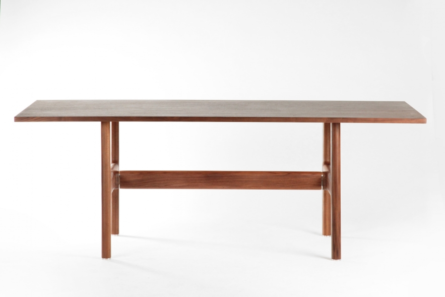 trestle table walnut
