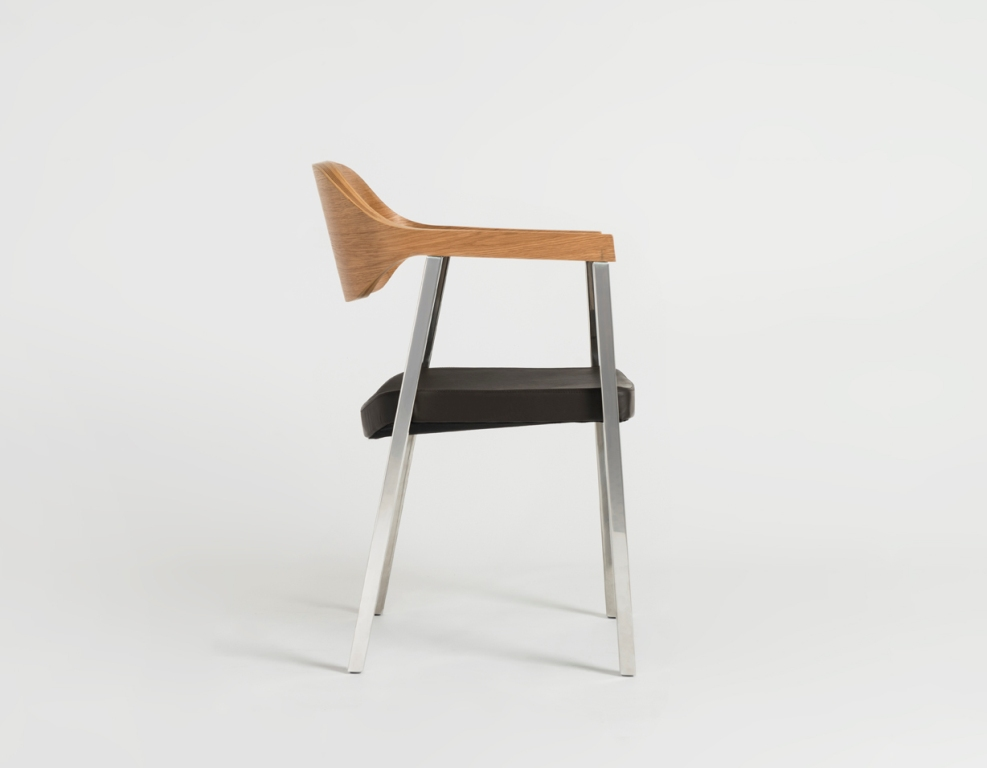 slingshot chair designed by sean dix