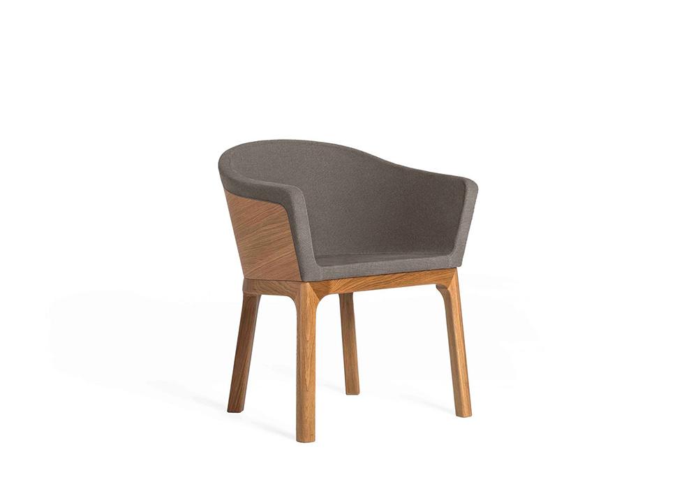 Paletta Chair_Deisgned by Sean Dix
